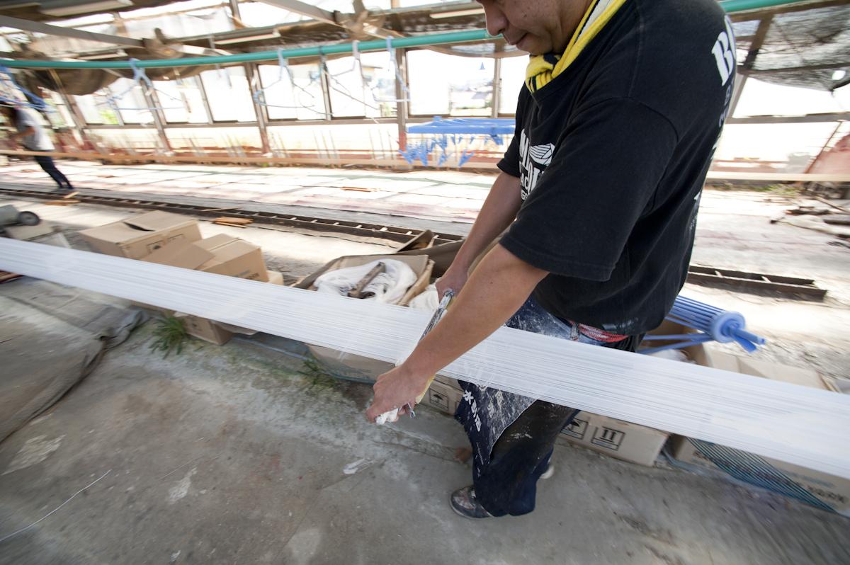 手づくり水引素材の製造風景