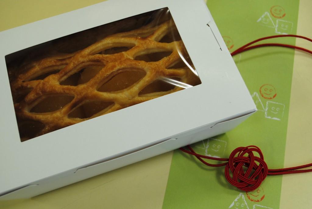 3本梅結び直径3cm 洋菓子プレゼントラッピング