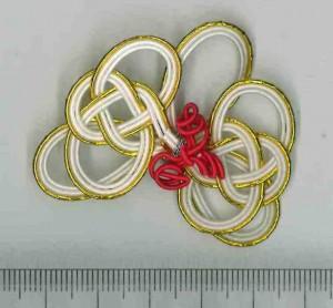 胡蝶蘭をイメージした水引細工