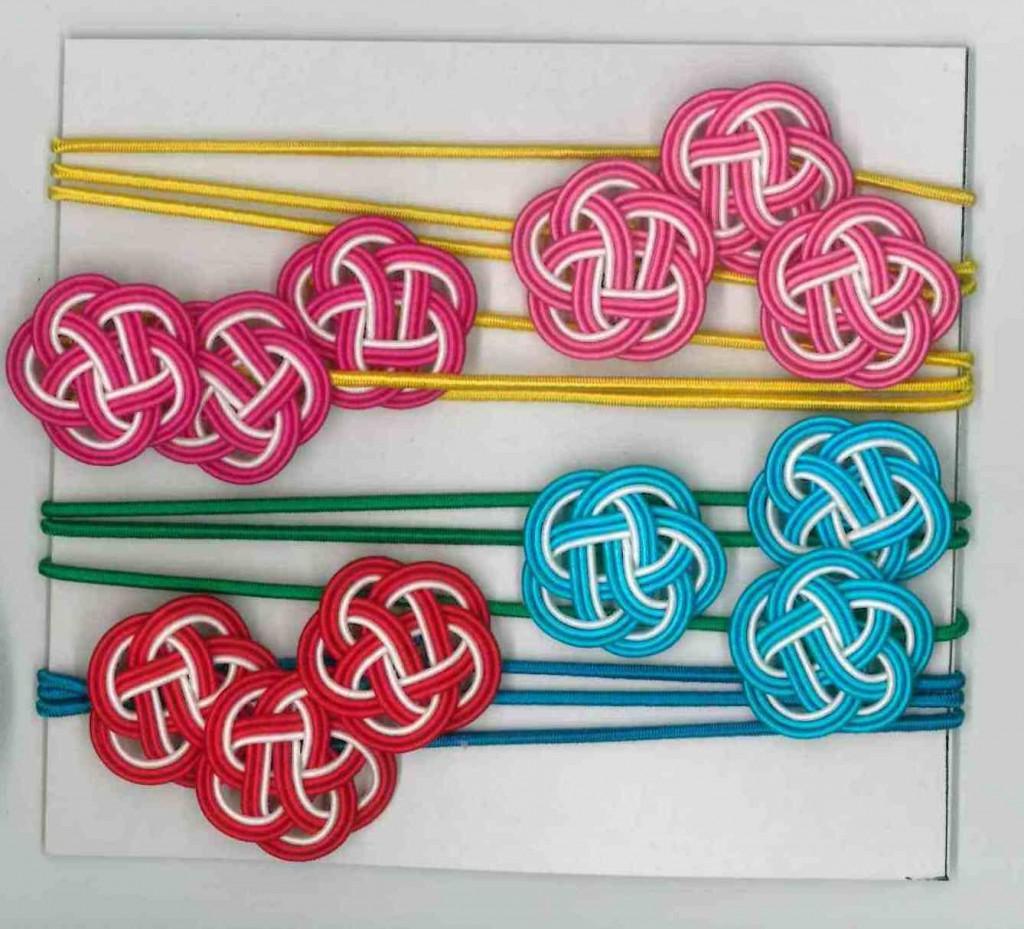 水引梅結びとゴム紐の色違い ピンク、青、赤