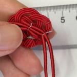 認知症(ボケ)予防 梅結びの針金付け作業