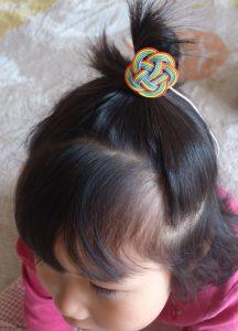 水引梅結びの2次利用 髪留めちょんまげ風