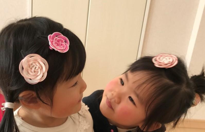 梅結び髪飾り 子供のモデル2